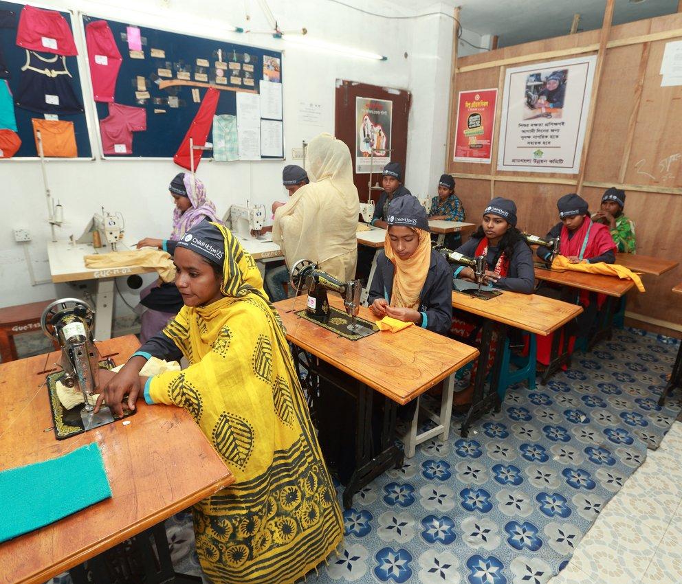 Waste Pickers of Dhaka trainees