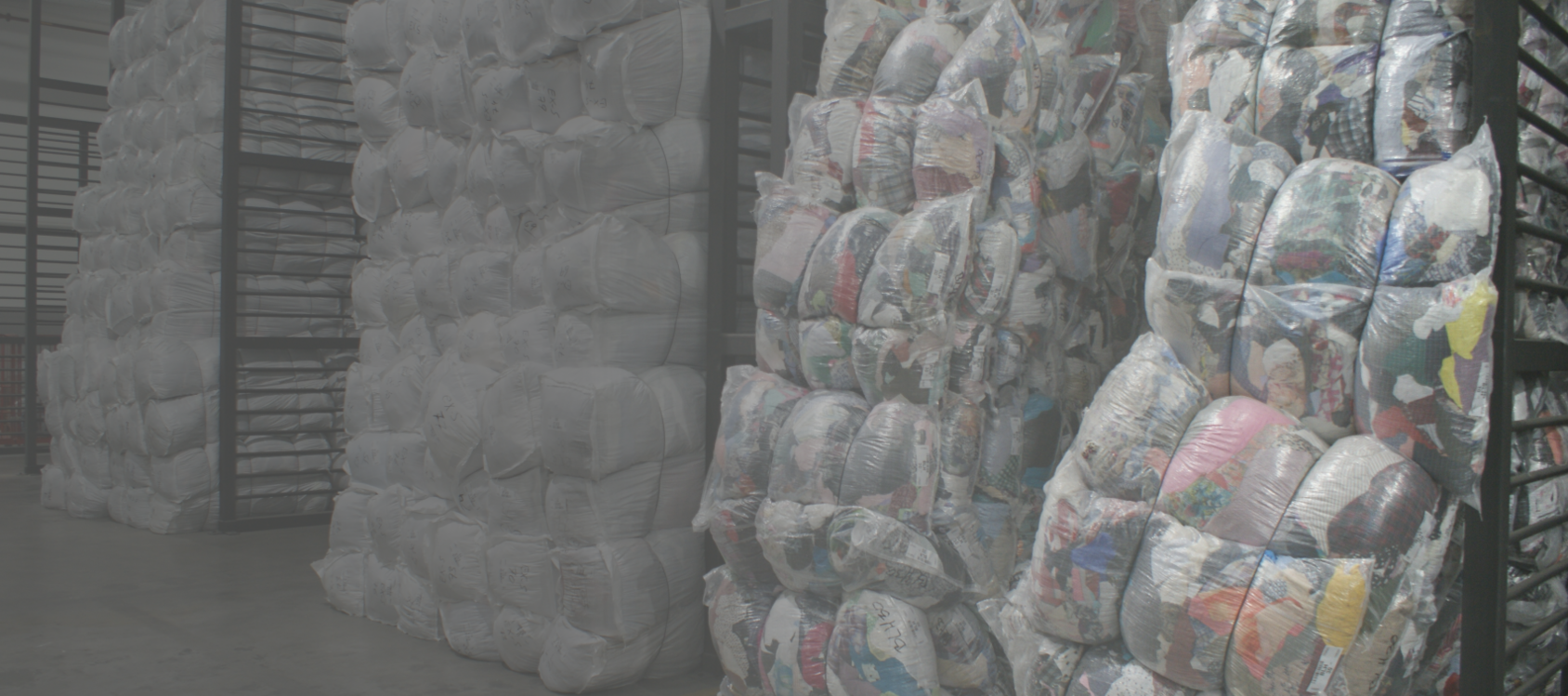 Textile recycling header_filter gradient_2.png